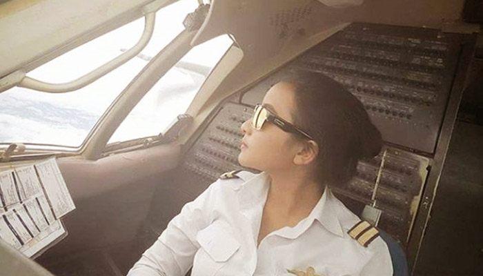 Elesta Apriliana Pilot Wanita Indonesia